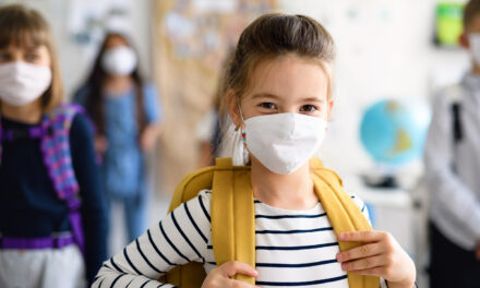 Koronavírus: eddig tíz oktatási intézményben kellett rendkívüli szünetet elrendelni, de egyelőre marad a hagyományos oktatás