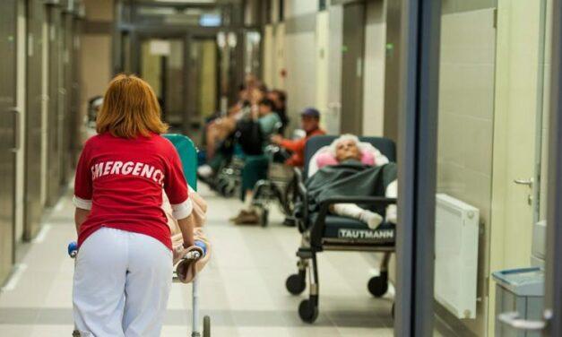 A sürgősségi ellátásért is fizetniük kell a tb-hátralékosoknak januártól