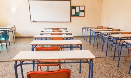 Petíciót indítottak az iskolák bezárásáért