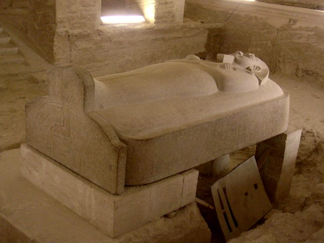 2600 éves, érintetlen szarkofágokat találtak Egyiptomban