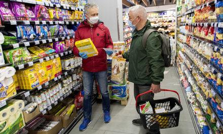 Újra bevezetik az idősek vásárlási sávját