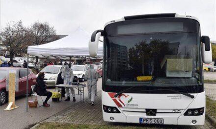 Koronavírus: szűrőbuszokkal segítik a tesztelést