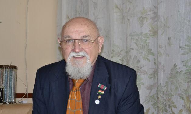 Elismerés Sulyok Lászlónak