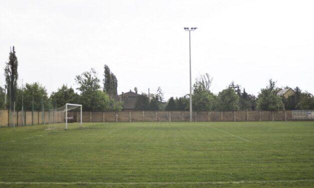 Megújulás a nagytétényi sportpályán